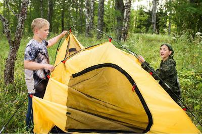 Палаточный лагерь с онлайн-трансляцией